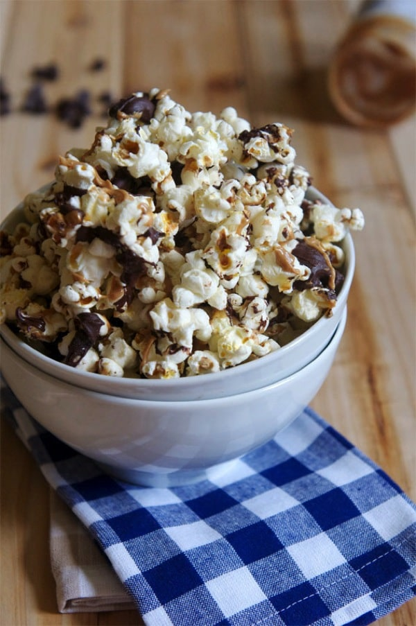 Chocolate Peanut Butter Popcorn-The Almond Eater