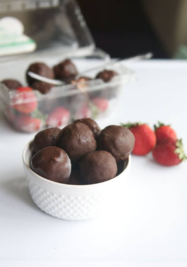 Vegan Chocolate Covered Strawberry Bites123
