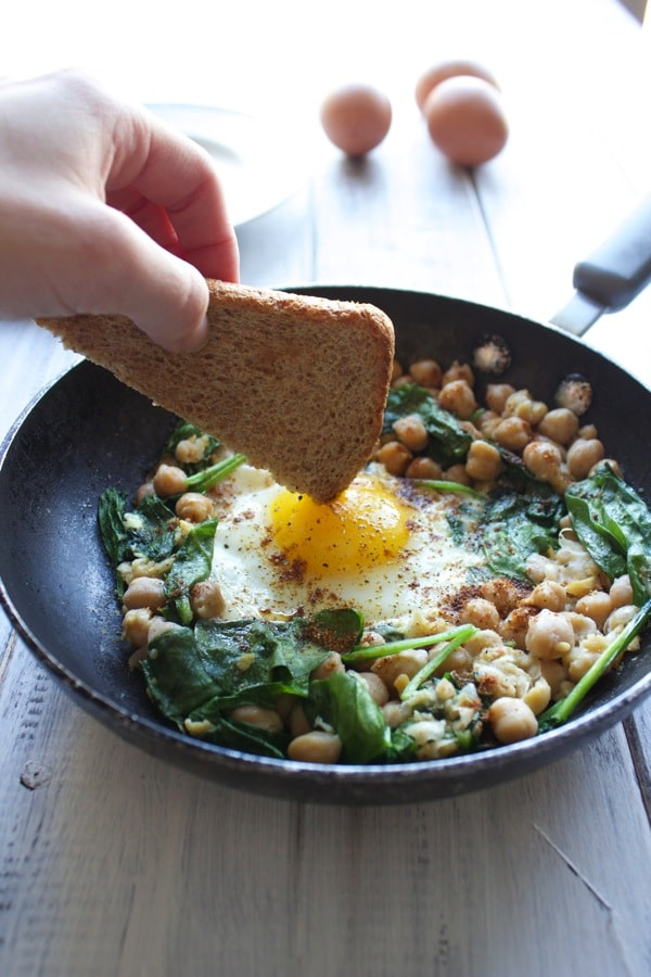 Single Serve Egg and Chickpea Breakfast
