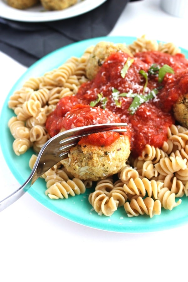 Vegan Cauliflower Quinoa Meatballs 9