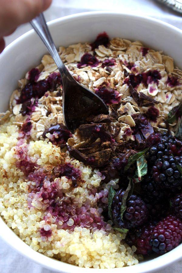 Blackberry Quinoa Breakfast Bowl 10
