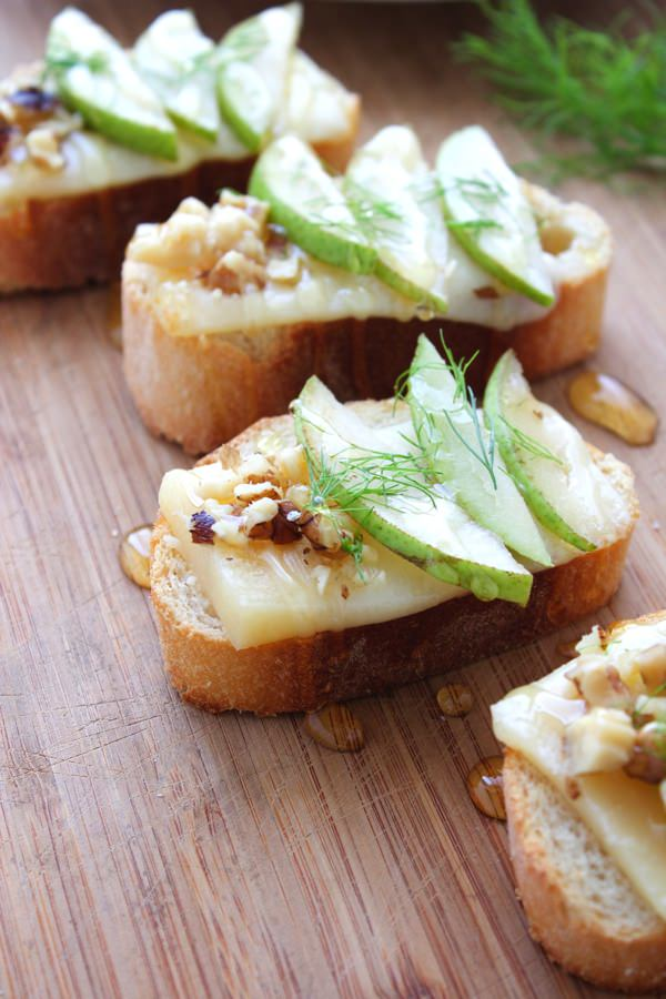 Pear Parmesan Honey Crostini 1