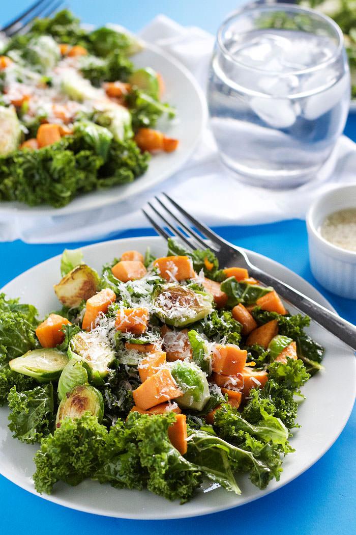 Kale Salad with Garlic Dressing 2