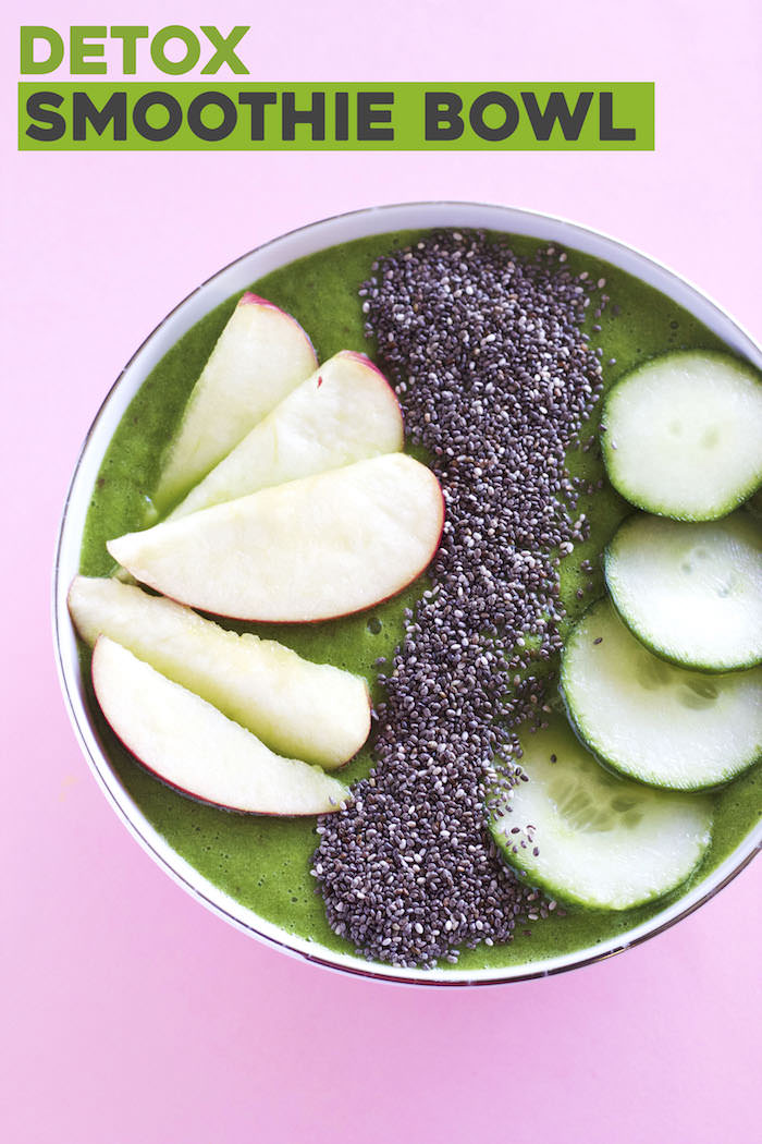 A healthy and refreshing smoothie bowl to get you back on track!   thealmondeater.com