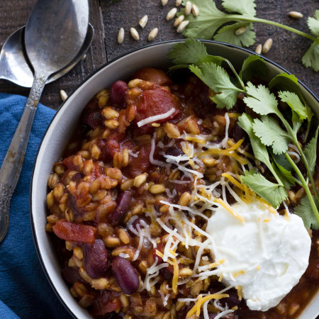 Easy Farro Chili | Made in your slow cooker--this recipe couldn't be simpler!