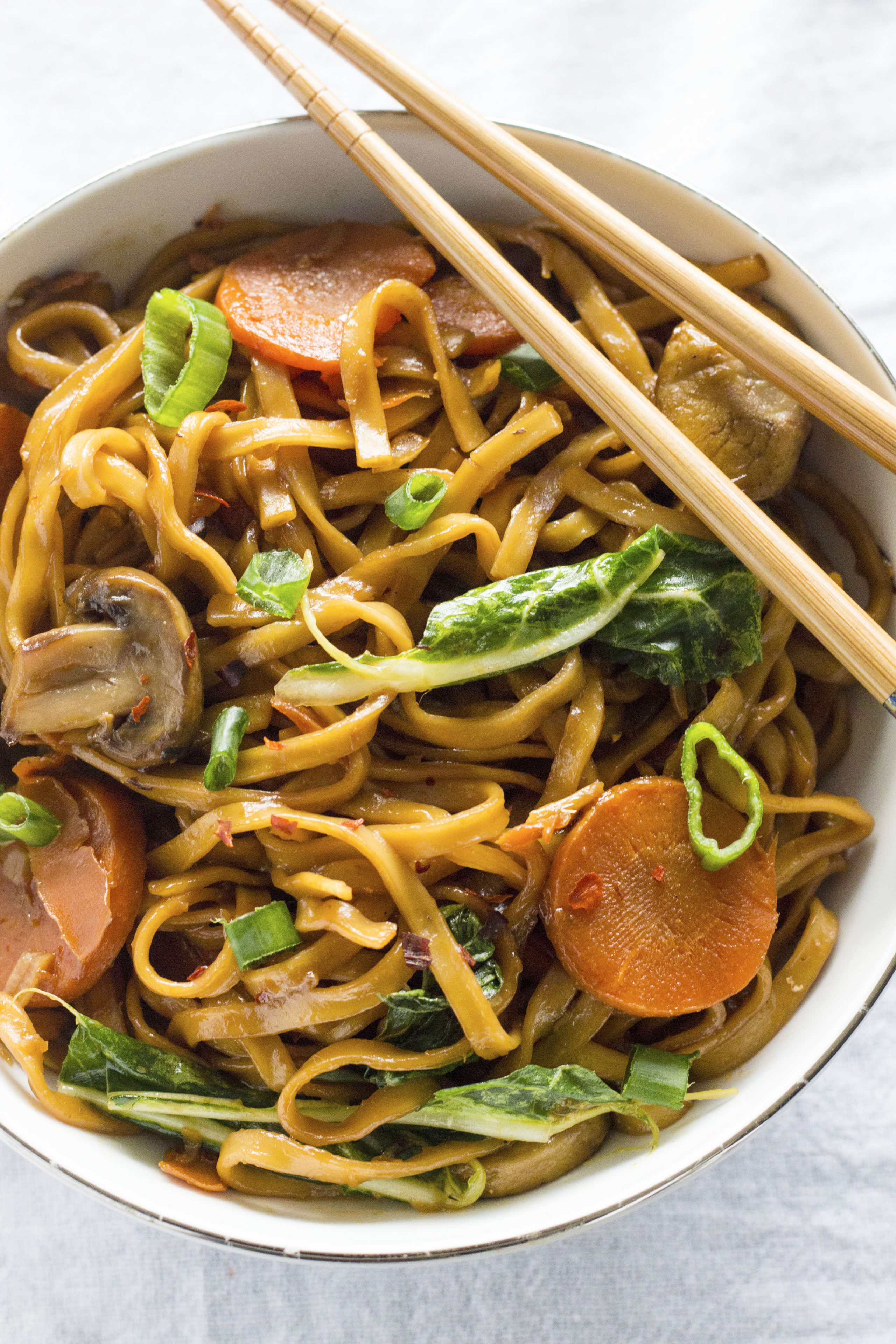 a bowl of asian noodles