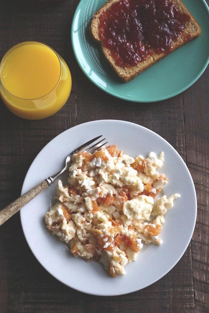 Feta and Tomato Egg Scramble   A simple & healthy breakfast!