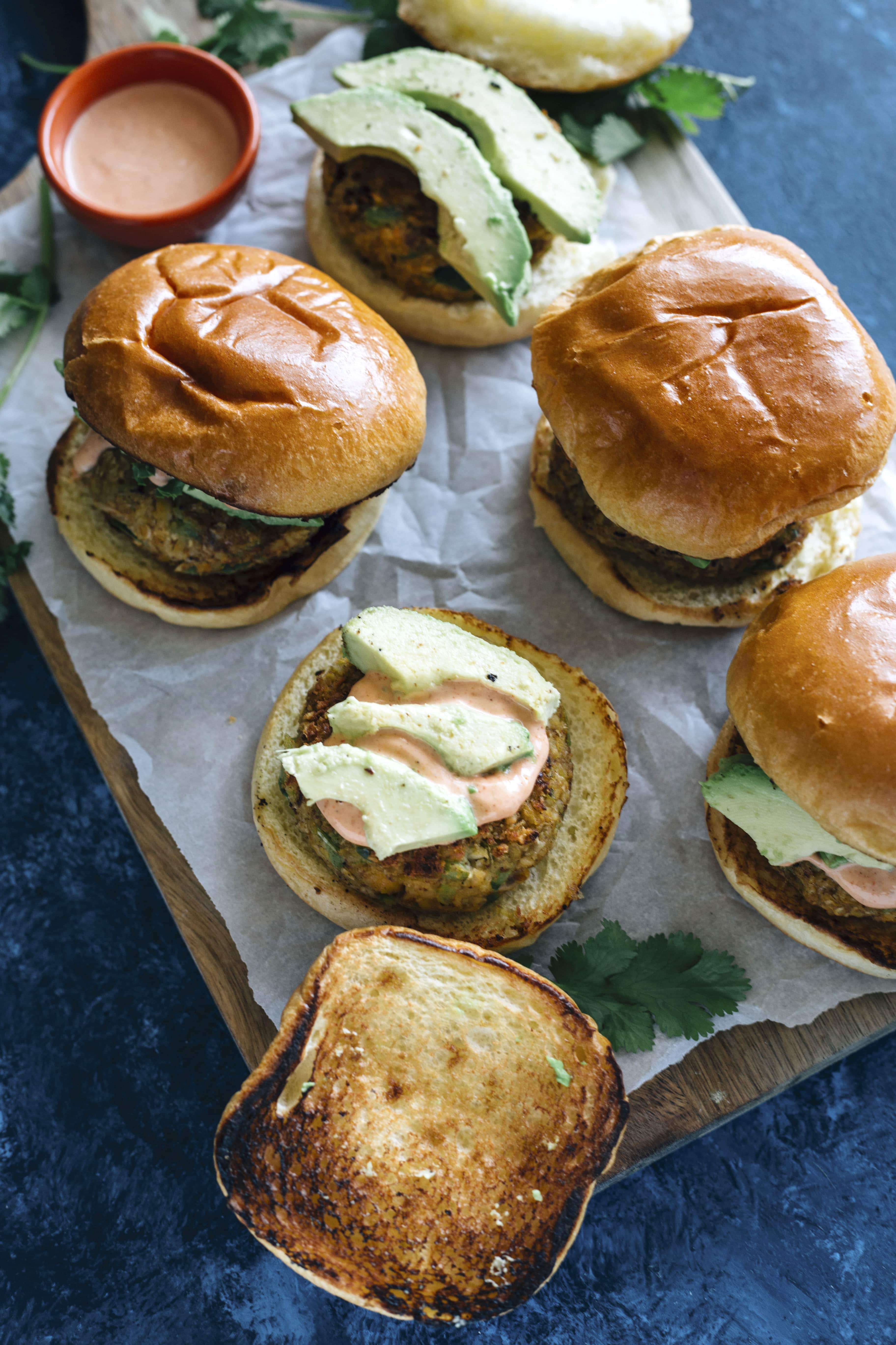 Cajun Chickpea Burgers | Easy veggie burgers made with chickpeas in just 30 minutes!