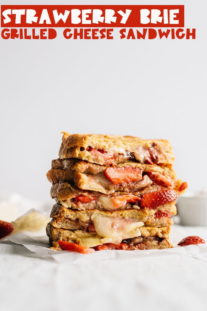 Strawberry Brie Grilled Cheese Sandwich | A fancier grilled cheese that can be made in just 5 minutes! You can even add dark chocolate and sliced almonds to take it to the next level