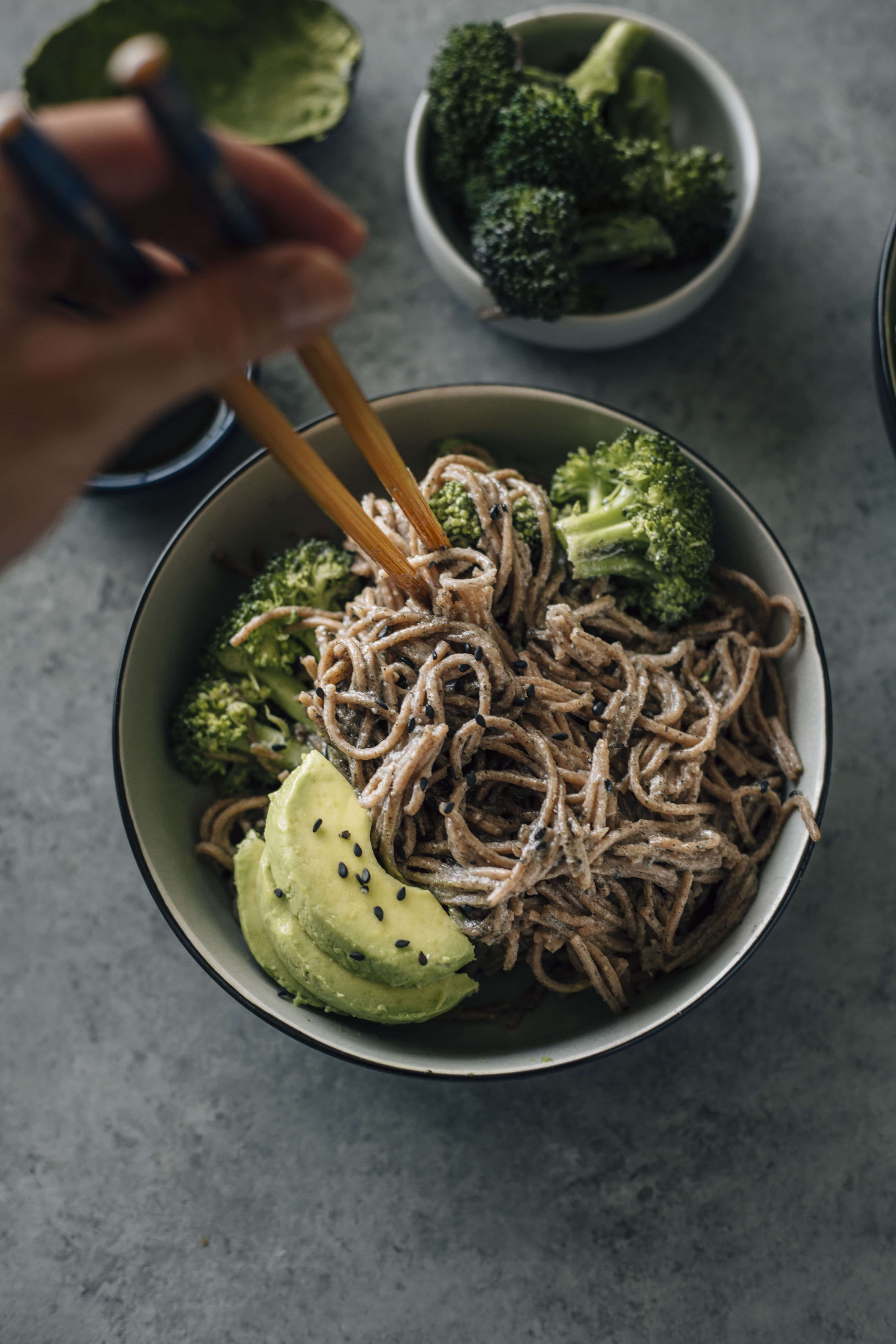 Black Sesame Soba Noodles | Soba noodles marinated in tahini and a sesame sauce with a sweet kick to them | thealmondeater.com