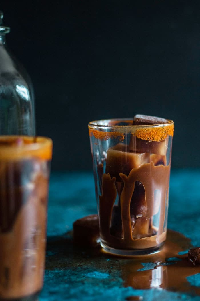 Mexican Iced Mocha with CHOCOLATE ice cubes!