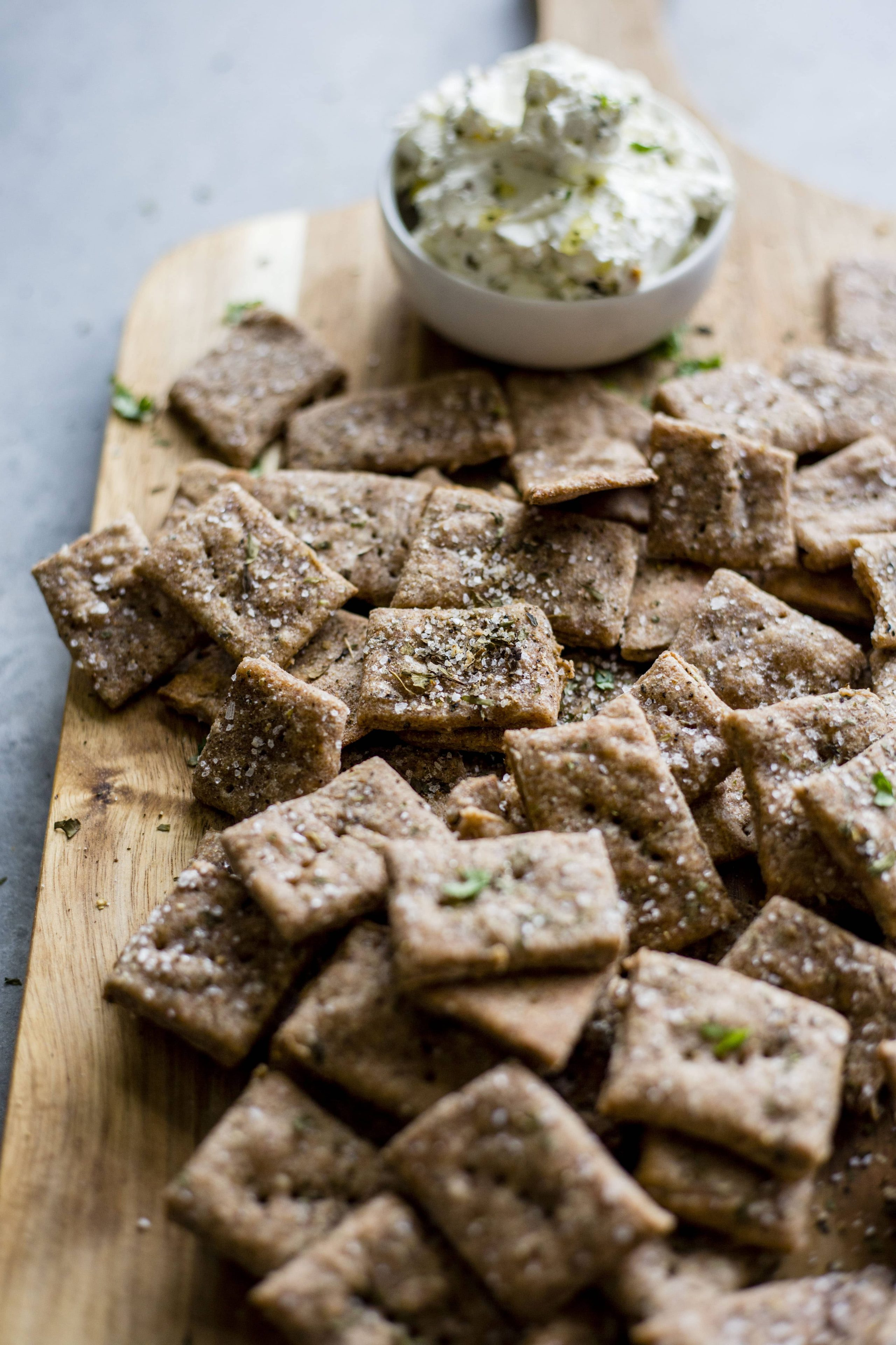 Whole Wheat Crackers   Healthy homemade whole wheat crackers made with simple ingredients and ready in 30 minutes!
