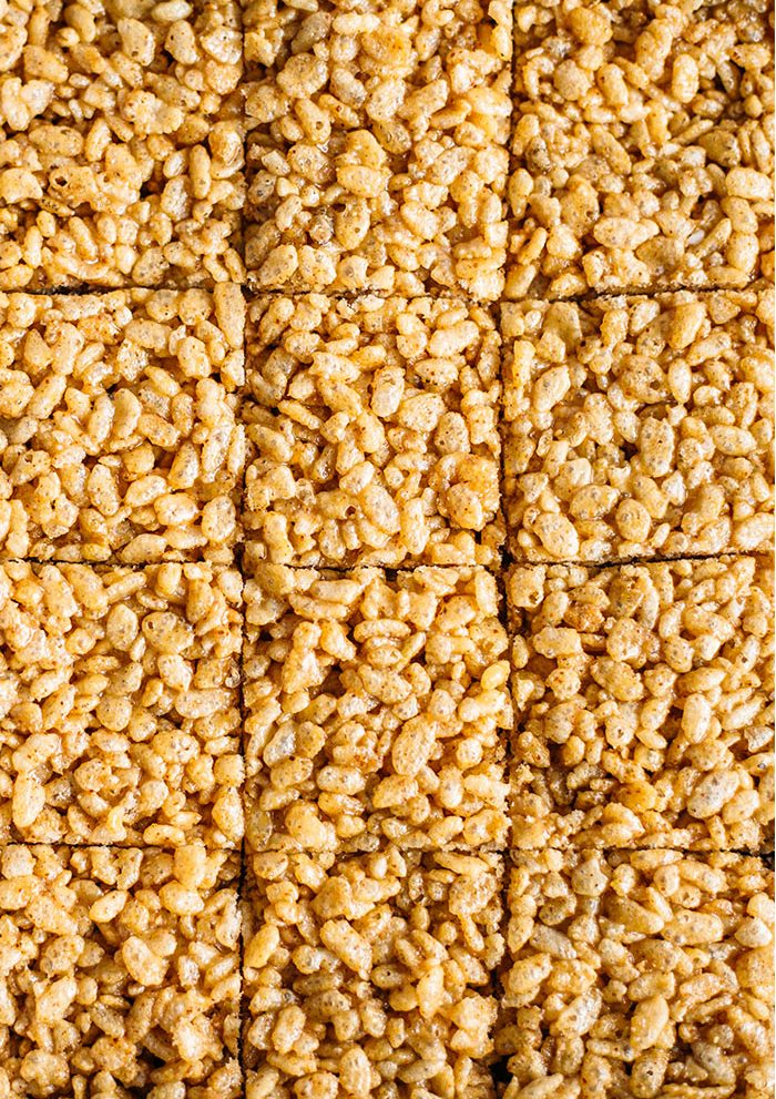 Honey Almond Butter Rice Crispy Bars | Made with HEALTHY rice cereal, these bars require just 4 ingredients, 5 minutes and are super kid-friendly!