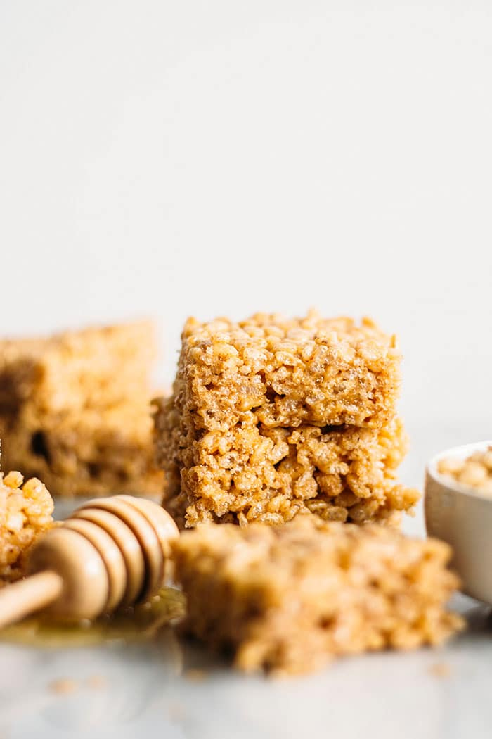 Honey Almond Butter Rice Crispy Bars | Rice bars made with gluten free cereal--just 4 ingredients, 5 minutes and they're kid-friendly too! | thealmondeater.com