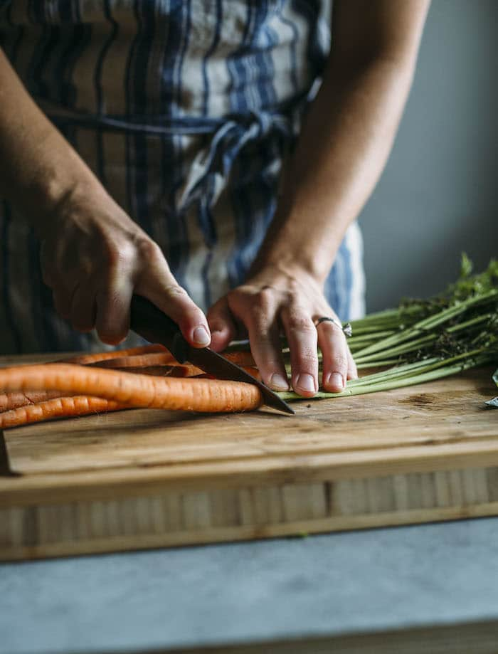 Carrot Top Pesto Hummus