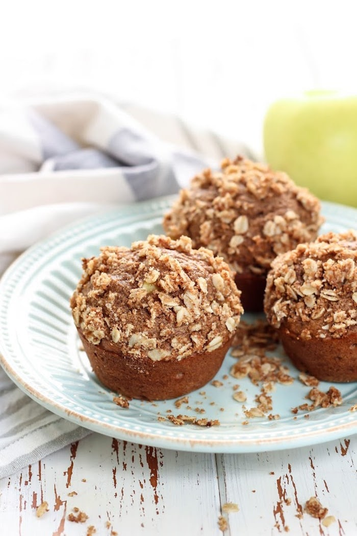 cinnamon-apple-muffins-6