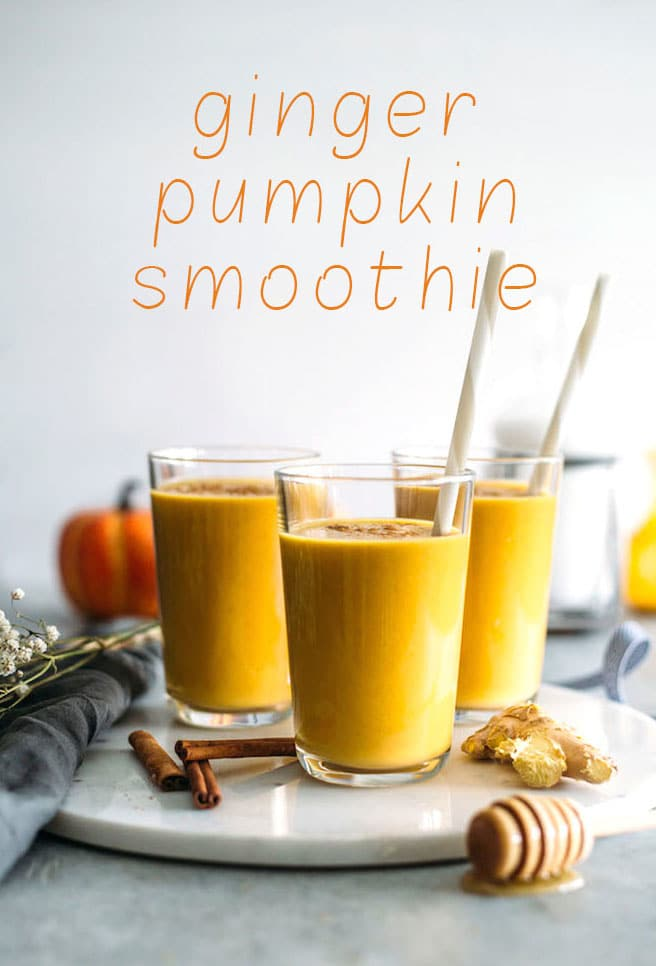 Ginger Pumpkin Smoothie | Ginger adds a ZING to this fall-flavored pumpkin smoothie! | thealmondeater.com