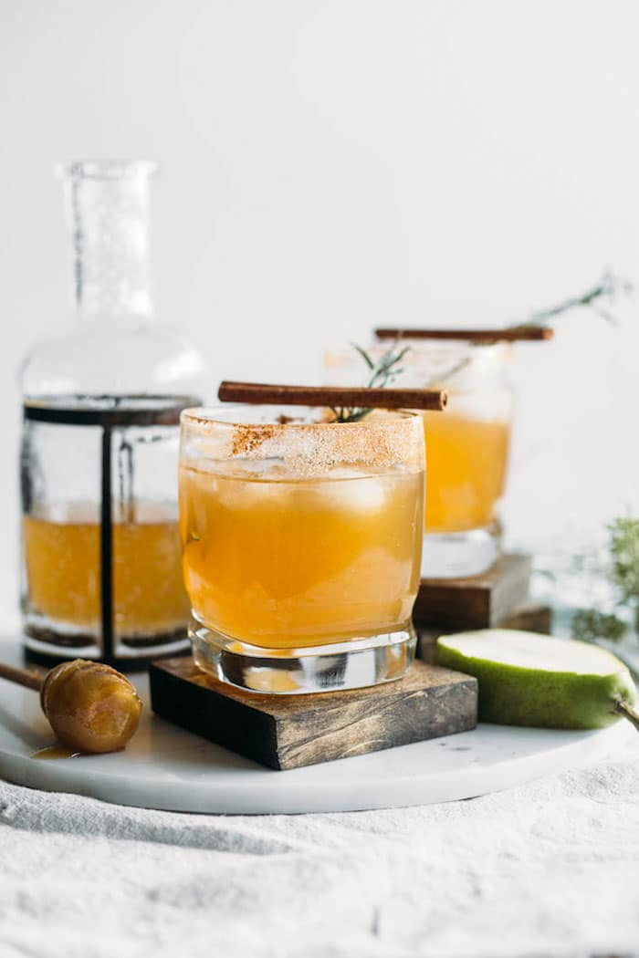 Honey Pear Margarita | Say hello to your new favorite fall cocktail!