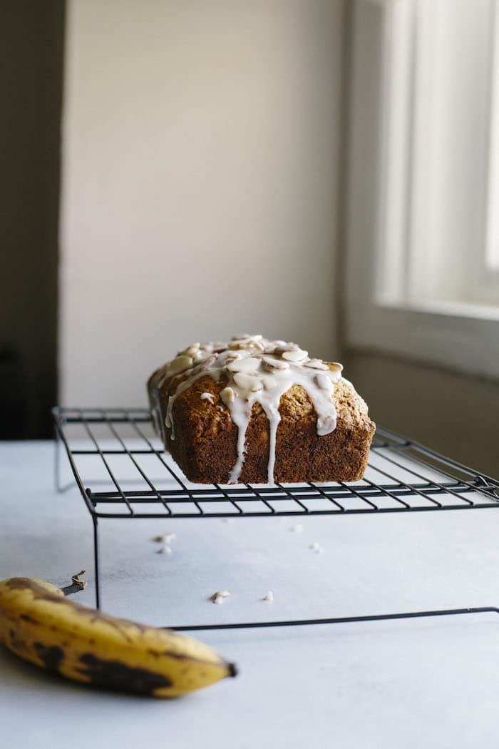 Almond Banana Bread | Almond extract adds a subtle almond flavor to traditional banana bread. You gotta try it! | thealmondeater.com