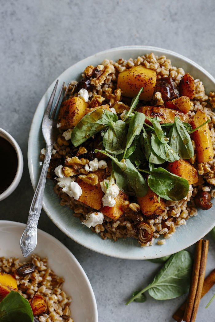 This Butternut Squash Farro Salad is full of fall foods and flavors ...