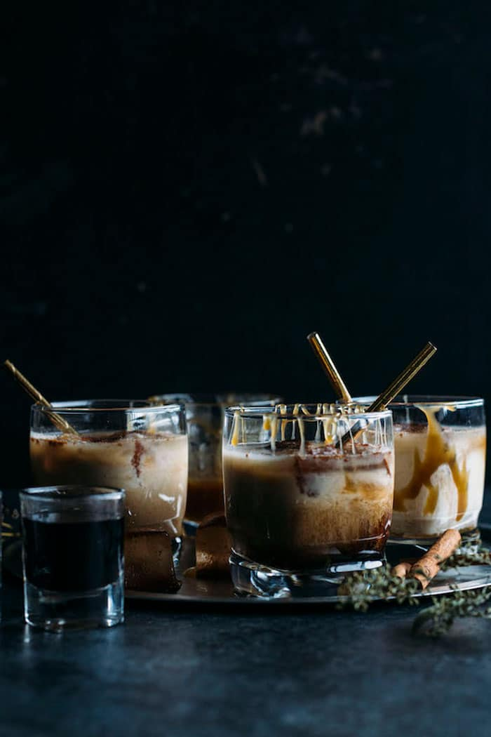 Salted Caramel White Russian | Make the traditional drink even tastier by adding a healthy salted caramel sauce to it!