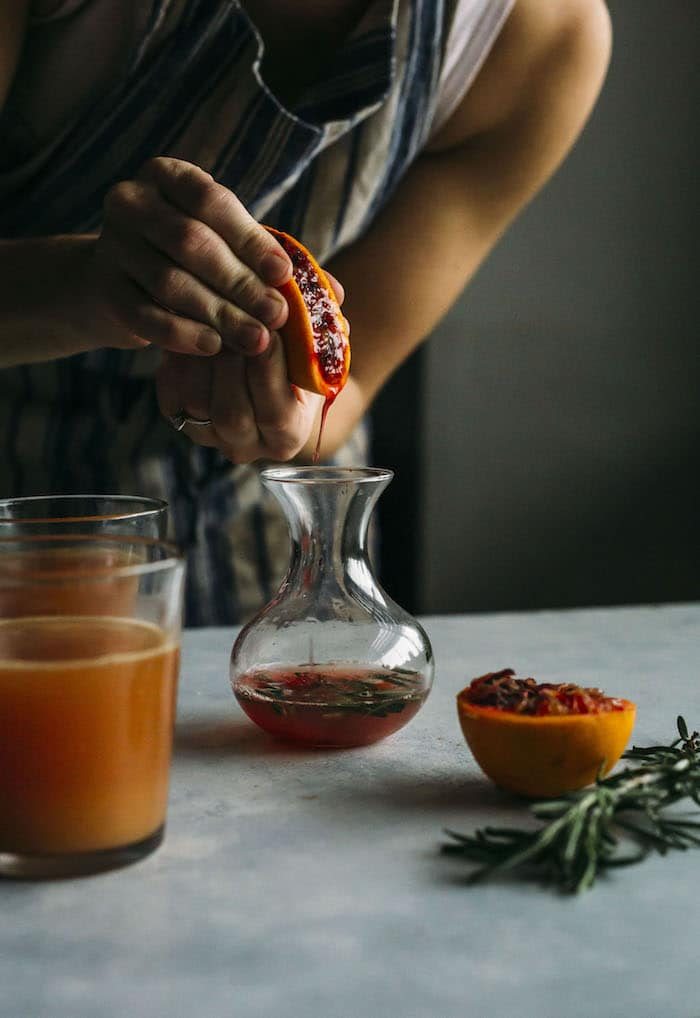 Blood Orange Punch | A delicious cocktail that requires just 5 ingredients! | thealmondeater.com