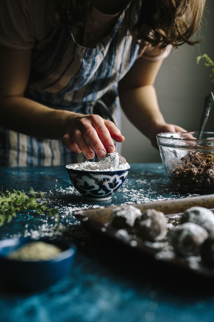 Nut Butter Superfood Truffles | thealmondeater.com