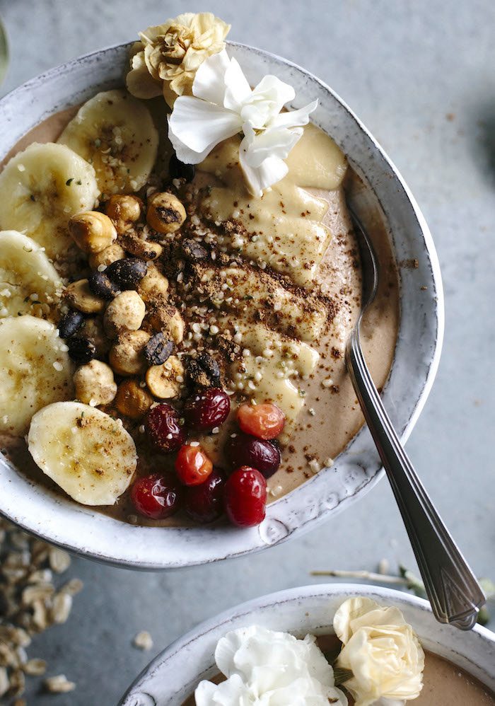 Espresso Smoothie Bowl | A thick smoothie bowl made with frozen banana, cacao, tahini, and espresso--a tasty snack, breakfast or afternoon pick-me-up | thealmondeater.com