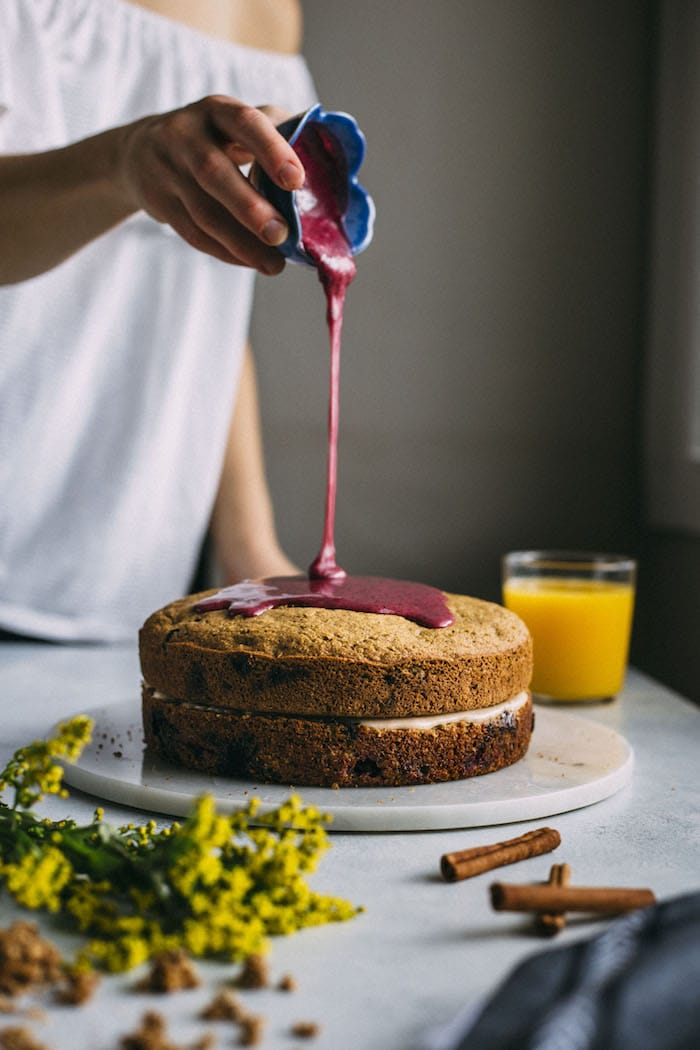 cinnamon blueberry brunch cake | thealmondeater.com