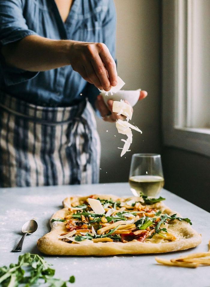 White Truffle Pizza | thealmondeater.com
