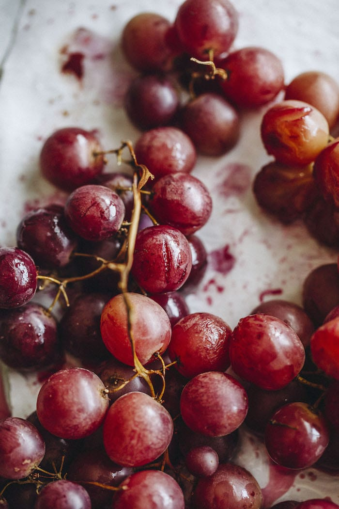 roasted grapes | thealmondeater.com