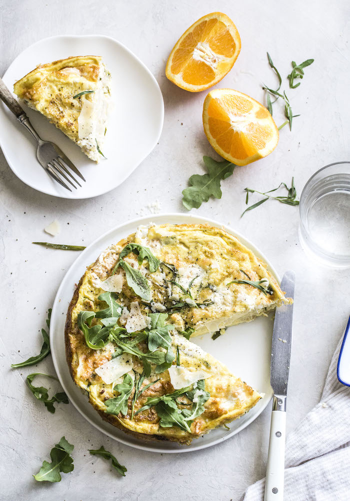 Roasted Cauliflower Crustless Quiche with tarragon and burrata | thealmondeater.com