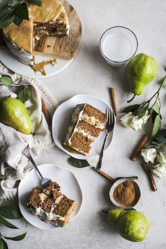 spelt flour gingerbread cake | thealmondeater.com