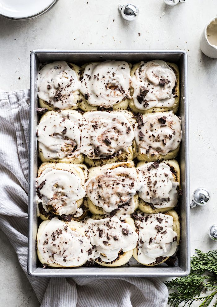 chocolate espresso VEGAN cinnamon rolls! | thealmondeater.com