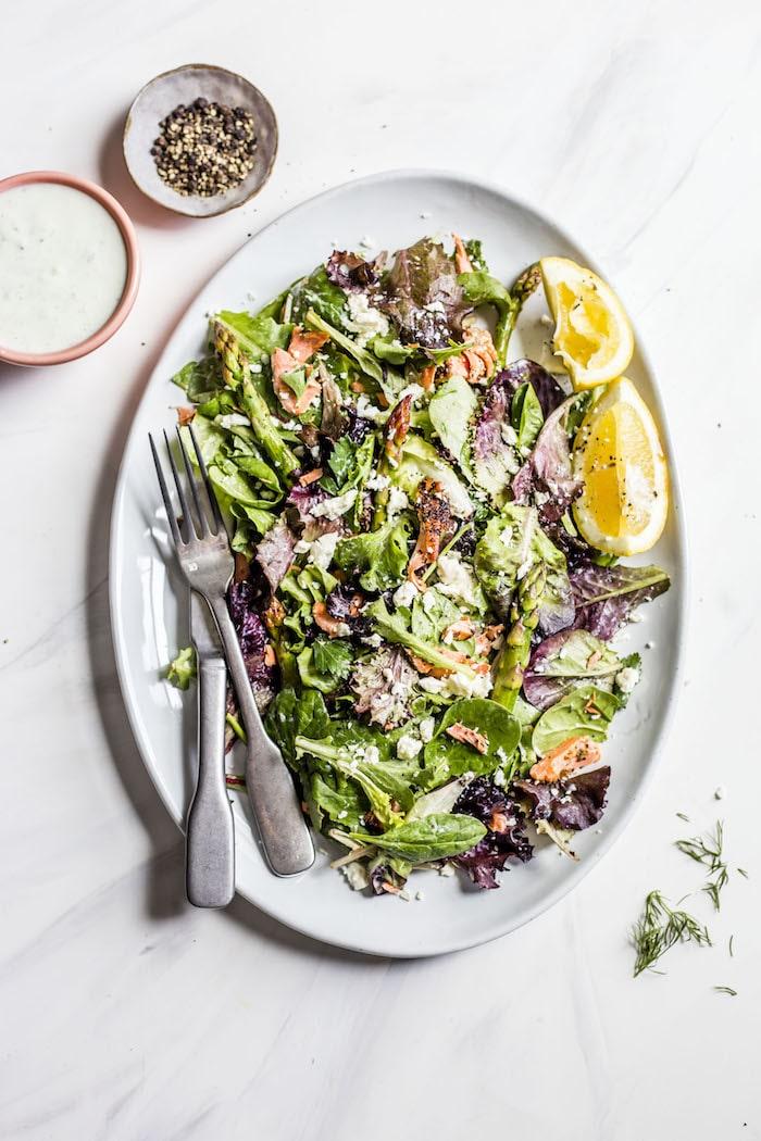 Garlic Salmon Salad with Tzatziki Sauce | thealmondeater.com