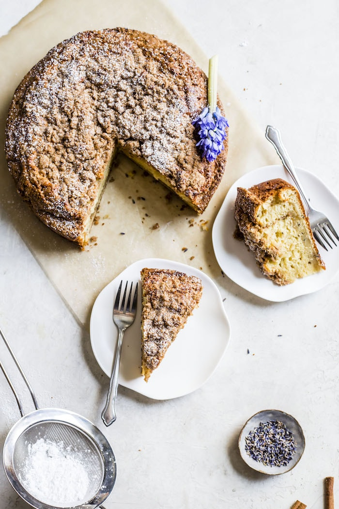 Lavender Coffee Cake | thealmondeater.com