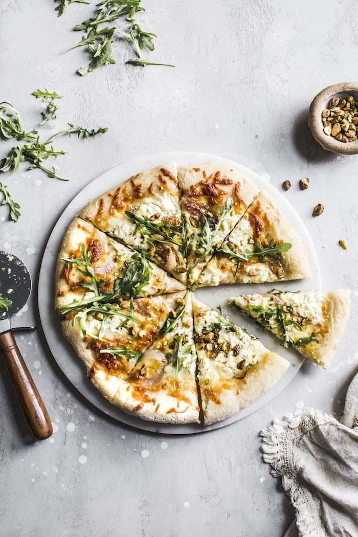 Burrata Pistachio White Pizza | thealmondeater.com