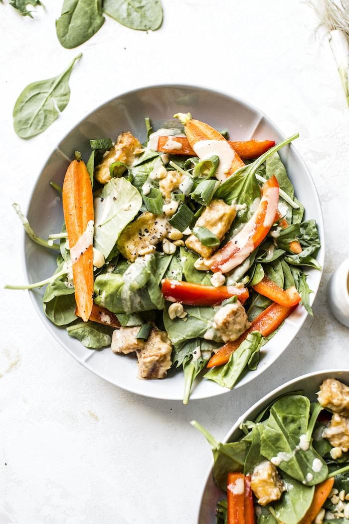 Crunchy Peanut Tofu Salad | #vegan | thealmondeater.com