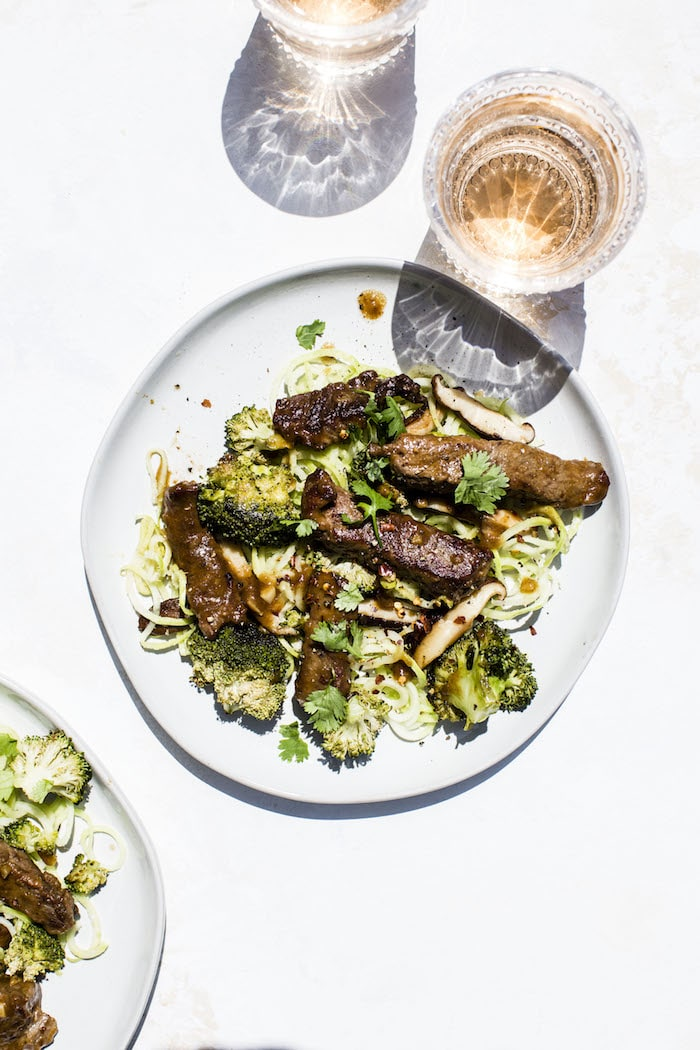 Paleo Beef Broccoli with Broccoli Stem Noodles | gluten free/dairy free| thealmondeater.com