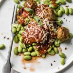 10 Minute Meatless Meatballs | thealmondeater.com