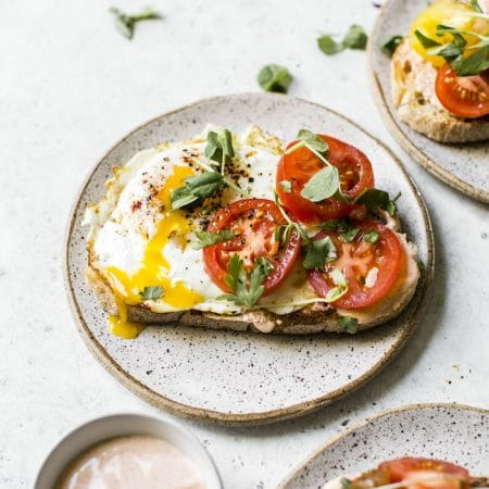 Tomato Breakfast Toast with spicy sauce | thealmondeater.com
