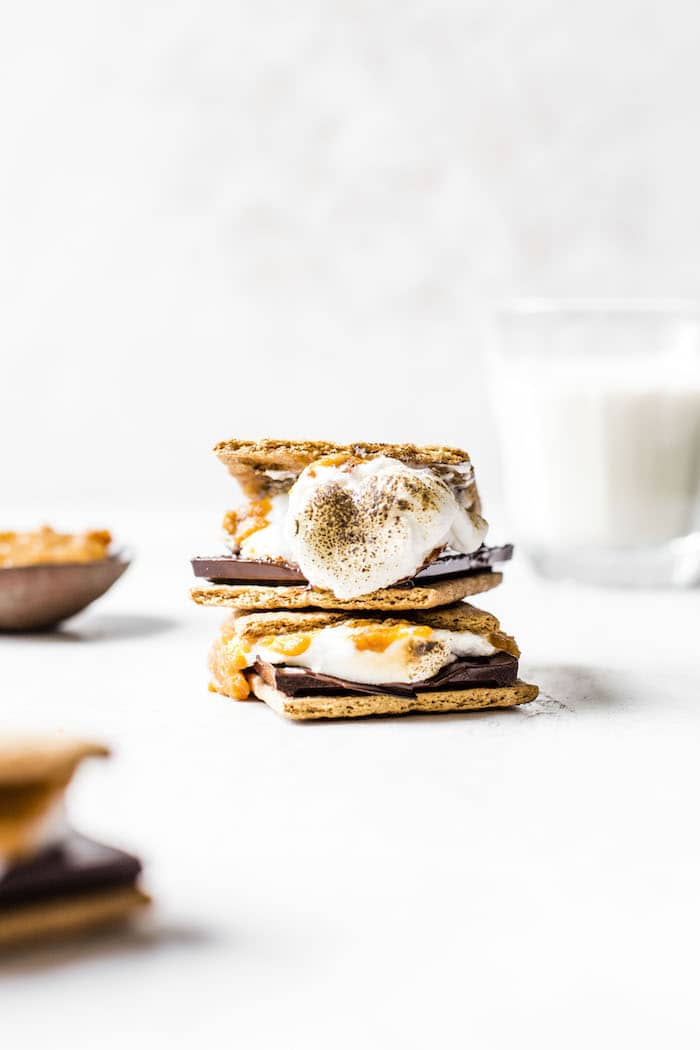 Indoor Pumpkin S'mores | thealmondeater.com
