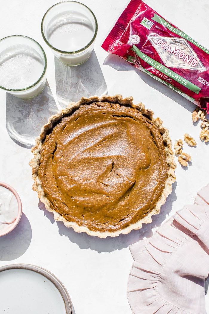 Vegan Walnut Pumpkin Pie | thealmondeater.com