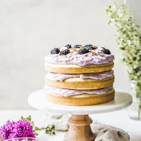 Blackberry Lavender Almond Cake | thealmondeater.com