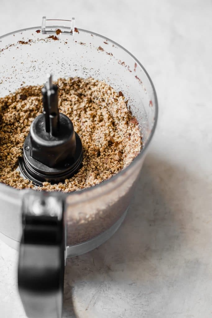 Learn how to make HEALTHY Nutella with this step-by-step tutorial | thealmondeater.com