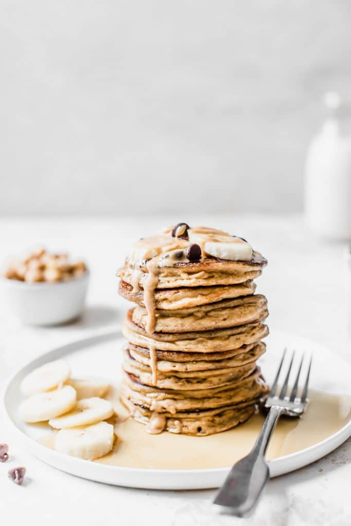Peanut Butter Chickpea Pancakes | thealmondeater.com