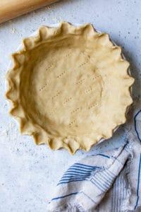 pie crust in pie pan