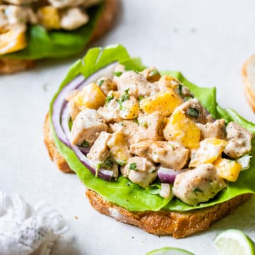 chicken and mango on a slice of bread